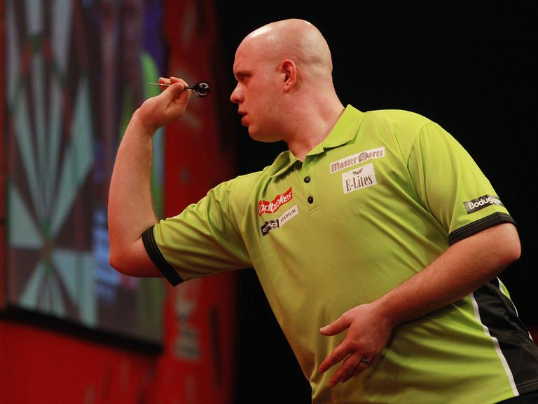 Michael van Gerwen: Simple win against Zoran Lerchbacher