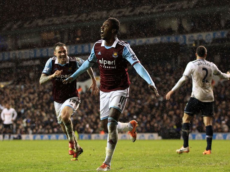 Modibo Maiga celebrates his winning goal for West Ham