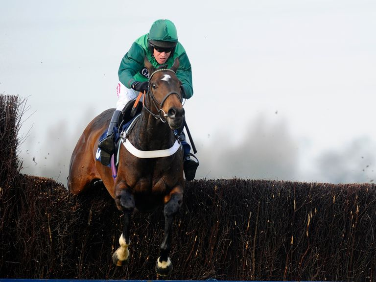 Une Artiste: Taken to win at Kempton Park