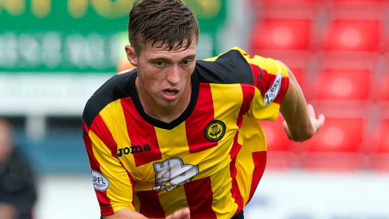 Gary Fraser: Signed new Thistle deal