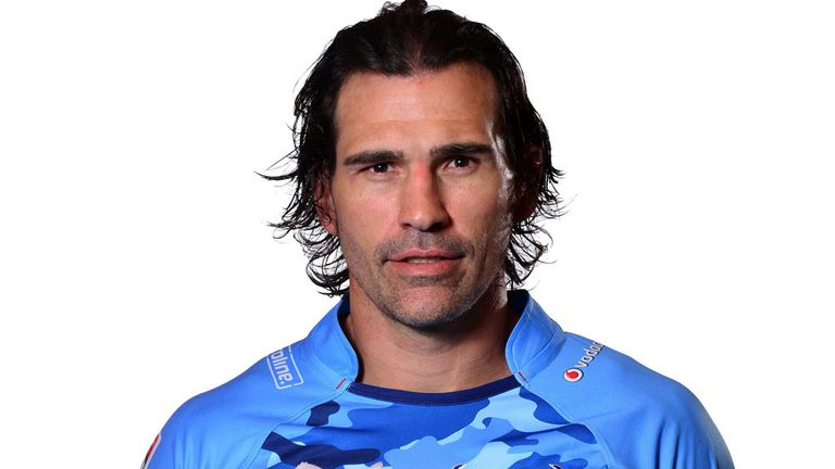 Victor Matfield: Back in Bulls blue, aged 36
