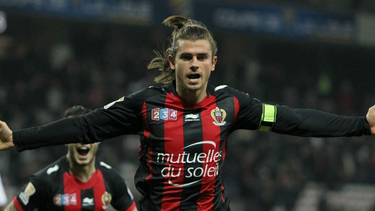 Nemanja Pejcinovic: Nice defender weighing up options