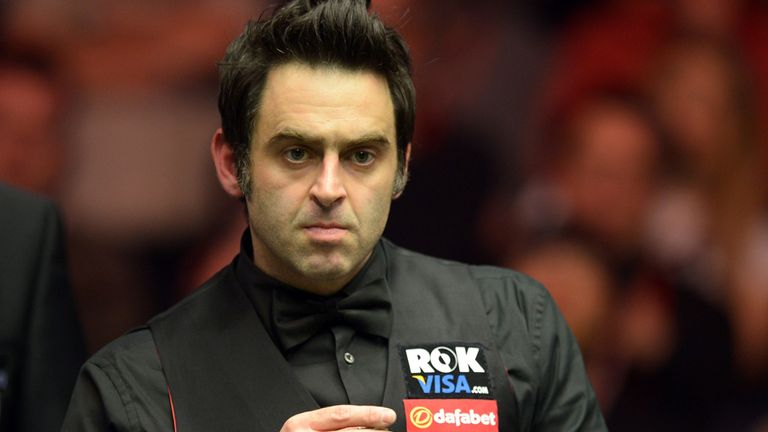 Ronnie O'Sullivan: Untroubled opening win against Mitchell Travis in Newport