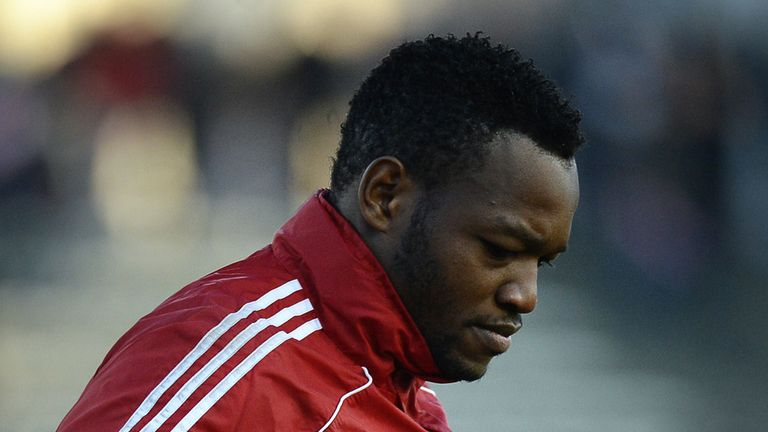 Steve Mandanda: Suffered a cracked vertebra