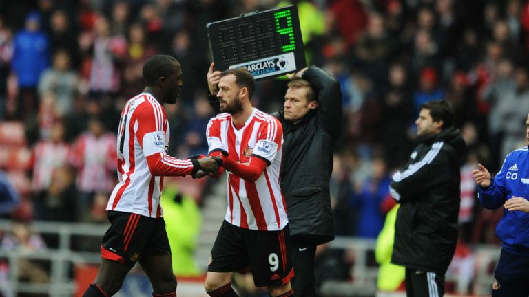 Sunderland's Steven Fletcher replaces Jozy Altidore late on against Southampton