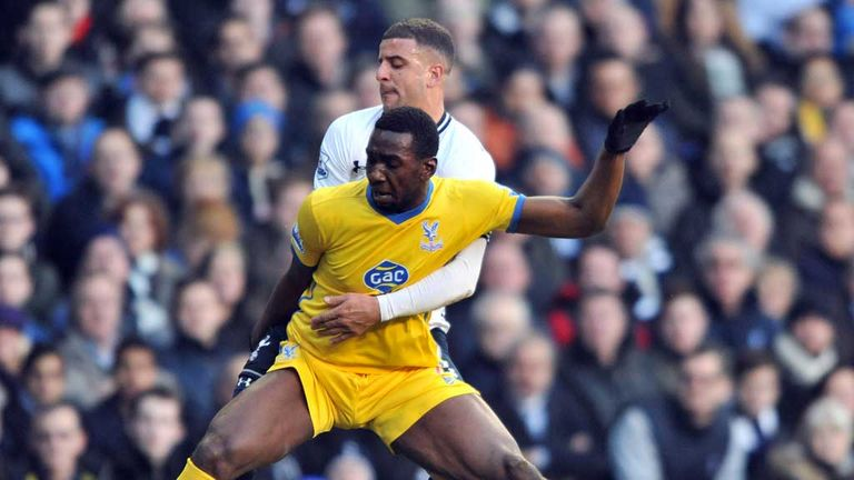 Yannick Bolasie: Palace winger tangles with Tottenham defender Kyle Walker