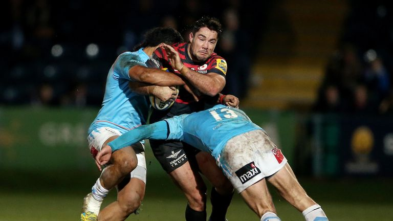 Brad Barritt of Saracens in action during the Aviva Premiership match against Worcester Warriors at Sixways