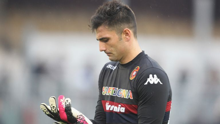 Antonio Adan: In action during brief spell at Cagliari