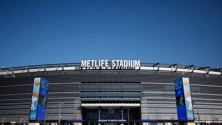 MetLife Stadium: first time Super Bowl has been held in cold-weather climate