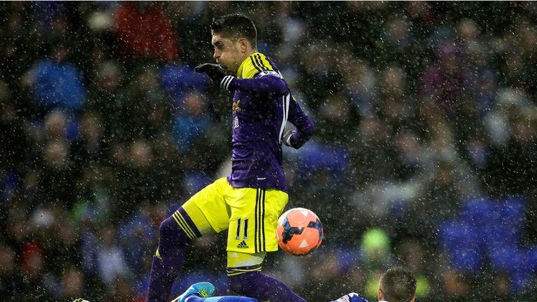 Pablo Hernandez: Swansea City winger hails Napoli manager Rafael Benitez