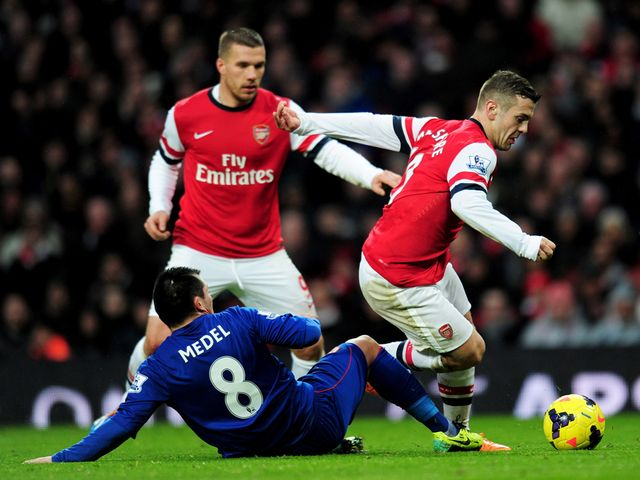 Jack Wilshere looks to find space