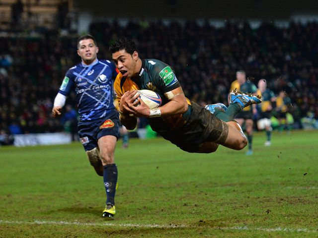 George Pisi goes in for the game's only try late on