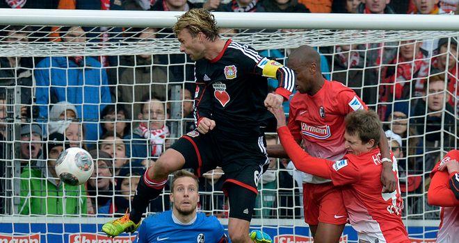 Simon Rolfes scores for Leverkusen