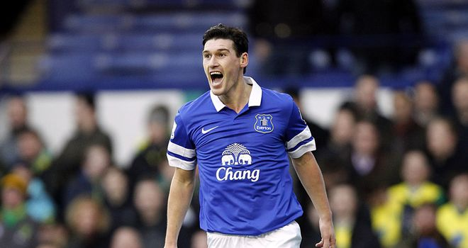 Gareth Barry: Midfielder welcome to stay at Everton
