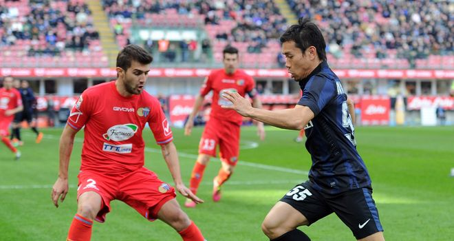 Yuto Nagatomo moves forward for Inter Milan
