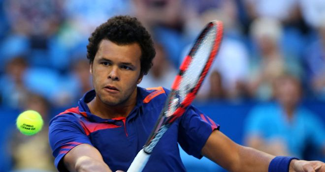 Jo-Wilfried Tsonga: The defending champion reaches quarter-finals