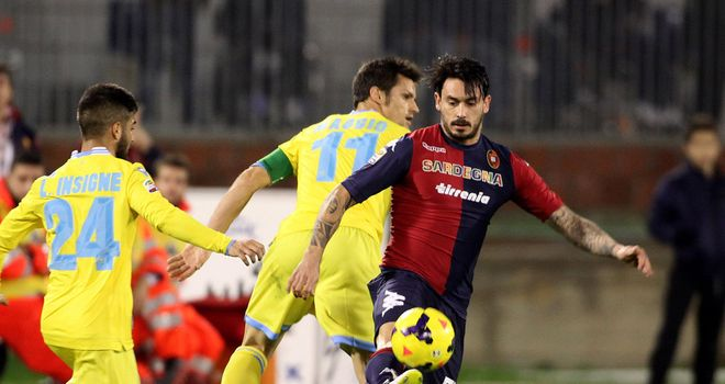 Mauricio Pinilla in action for Cagliari