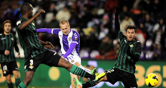 Daniel Larsson of Valladolid shoots