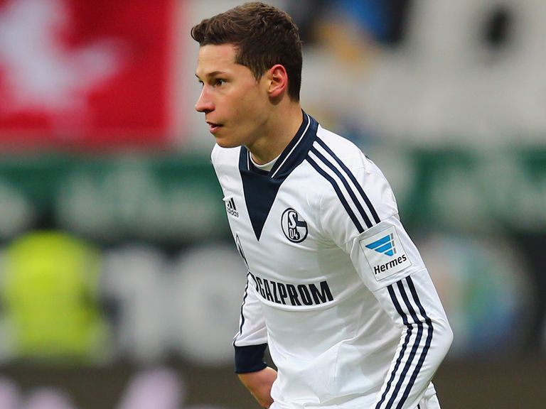 Julian Draxler: Schalke midfielder the subject of a late transfer bid