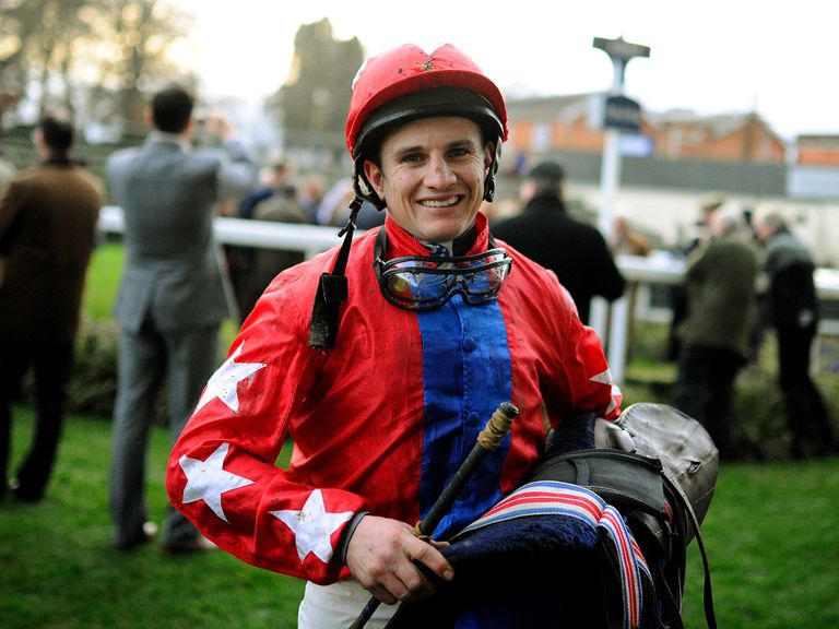 Jamie Moore: Can warm up for Cheltenham with Sandown winner