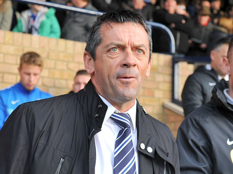 Phil Brown: Southend host Hull in the Cup