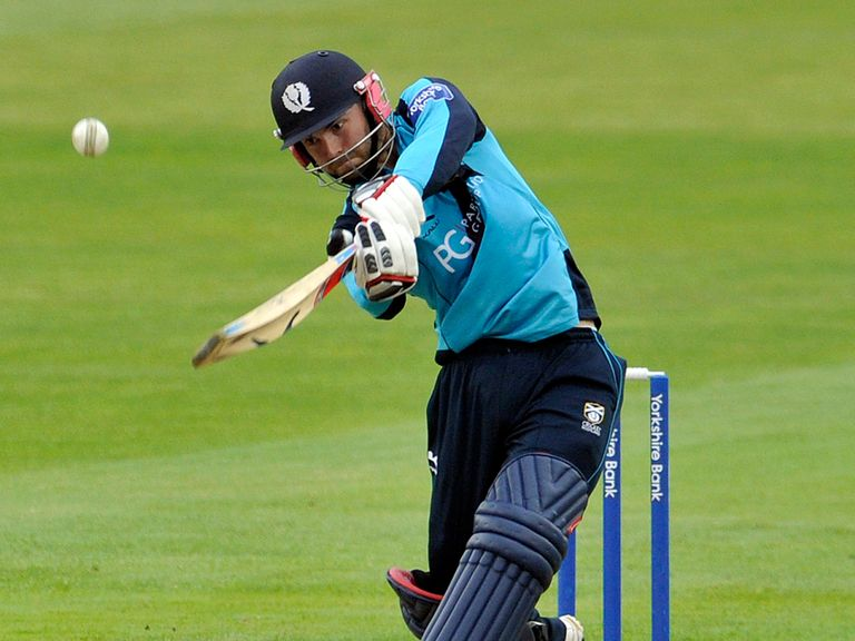 Preston Mommsen's century was not enough to give Scotland the win they craved