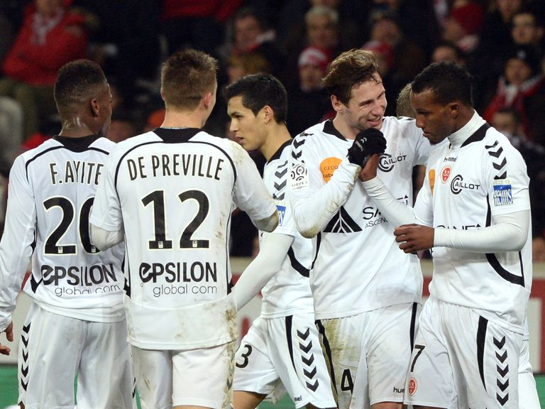 Reims celebrate against Lille