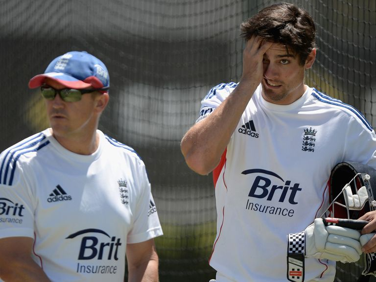Andy Flower and Alastair Cook ahead of the Sydney Test