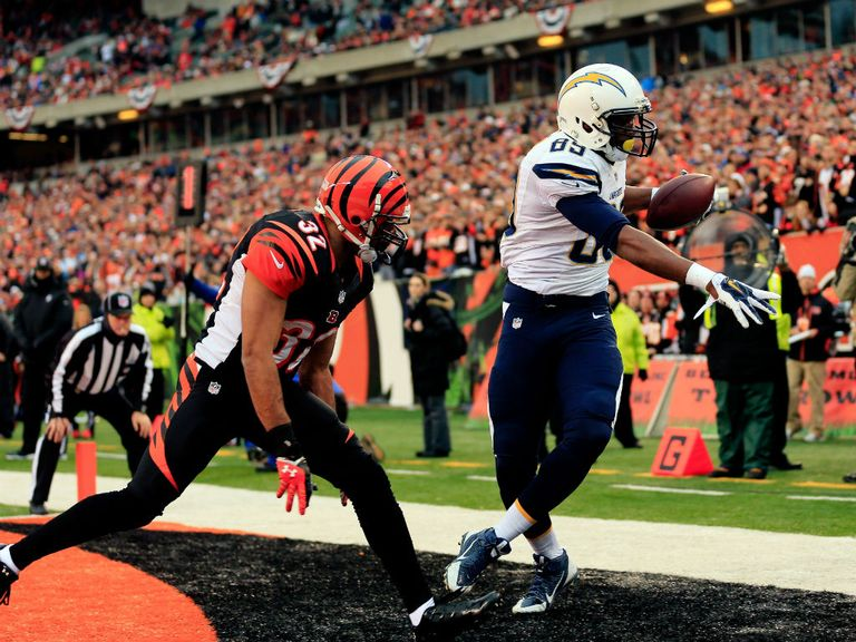 Ladarius Green holds on to bag San Diego's second touchdown