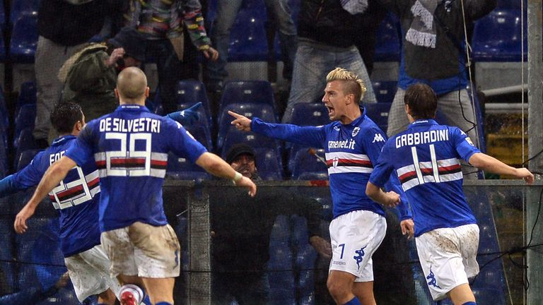 Maxi Lopez celebrates his winning goal