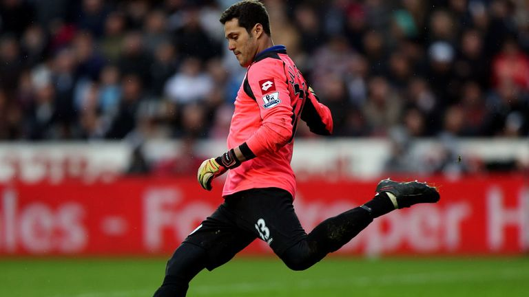 Julio Cesar: Has joined Toronto