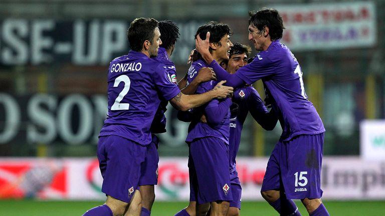 Mati Fernandez and Fiorentina celebrate their late equaliser