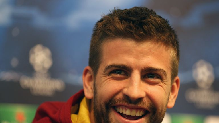 Gerard Pique: Backs Louis Van Gaal for United success