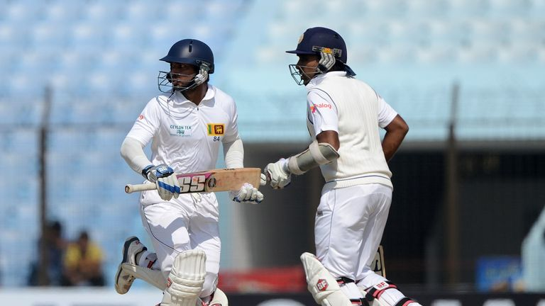 Kumar Sangakkara (left) and Mahela Jayawardene: Sri Lanka's third-wicket pair shared 178-run partnership