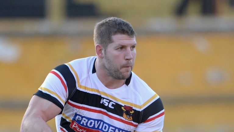 Nick Scruton: Prop swaps Bradford for Wakefield