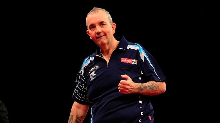 Phil Taylor: extended unbeaten record against Raymond van Barneveld in the Premier League to 20 matches