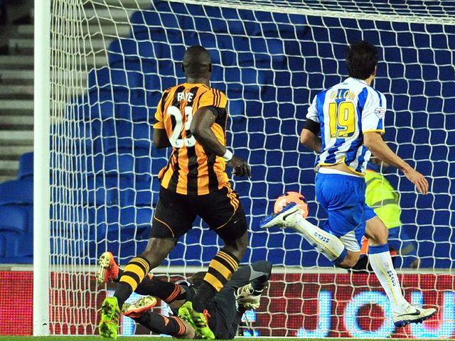 Leonardo Ulloa gives Brighton the lead