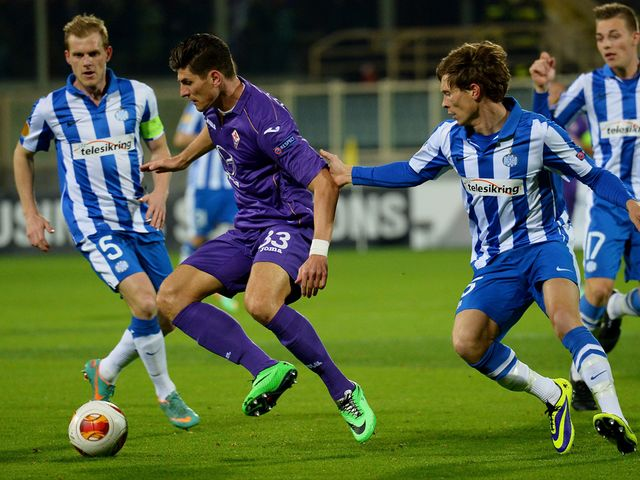 Mario Gomez in action for Fiorentina