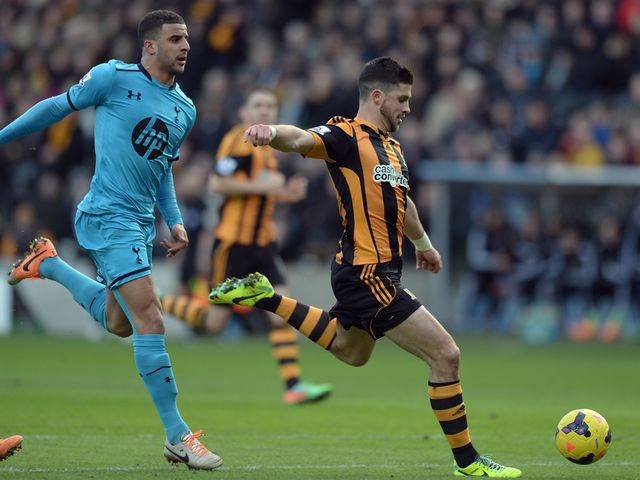 Shane Long scores for Hull