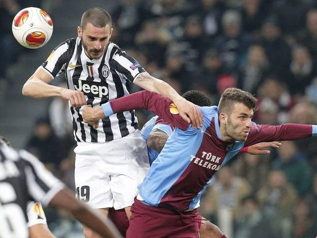 Juventus defender Leonardo Bonucci fights for the ball