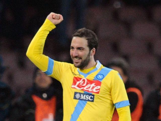 Gonzalo Higuain celebrates for Napoli