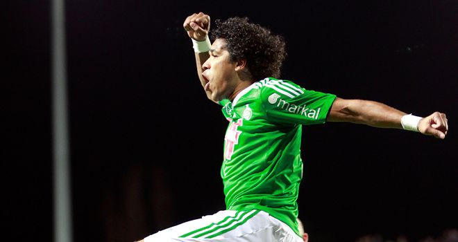Saint Etienne's Brazilian forward Brandao celebrates