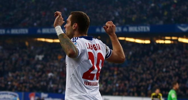 Pierre-Michel Lasogga celebrates Hamburg's second goal