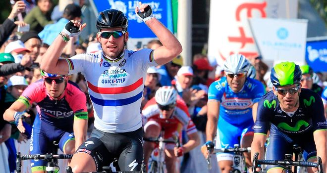 Mark Cavendish narrowly edged out Arnaud Demare