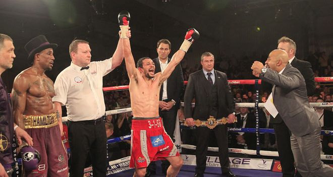 Stunning: Woodhouse's dream comes true to take the British title off Hamilton (© Lawrence Lustig)