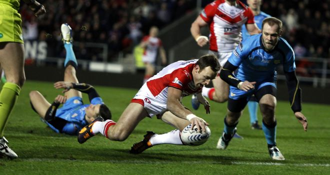 James Roby touches down for St Helens