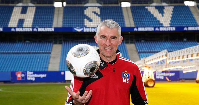 Mirko Slomka: Confident Hamburg can beat the drop