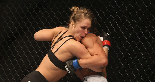 Ronda Rousey: Clinched stoppage victory early in the first round