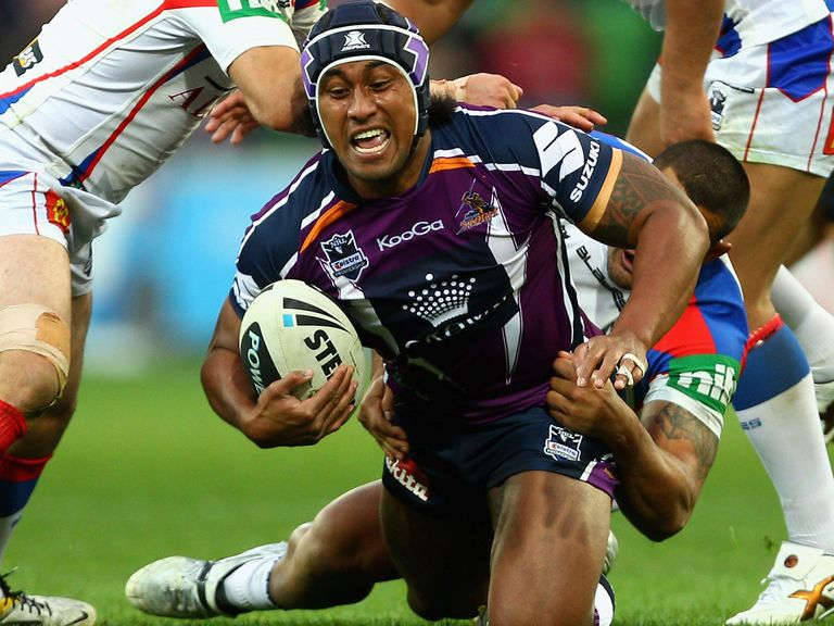 Atelea Vea: Becomes a London Bronco