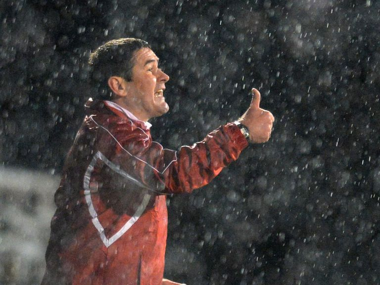 Nigel Clough: Can guide Sheffield United to a draw in London